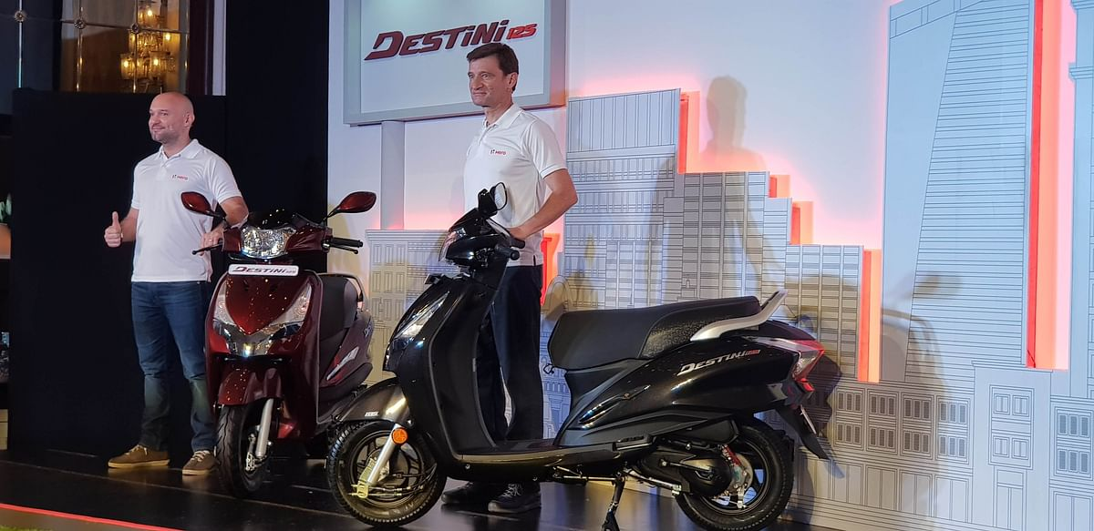 Marcus Braunsperger, CTO, Hero Motocorp (right) with Malo Le Masson, global head of product planning, at the launch of the Hero Destini 125.
