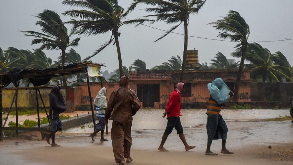 Cyclone Titli Hits Odisha & Andhra Pradesh, Over 3 Lakh Evacuated