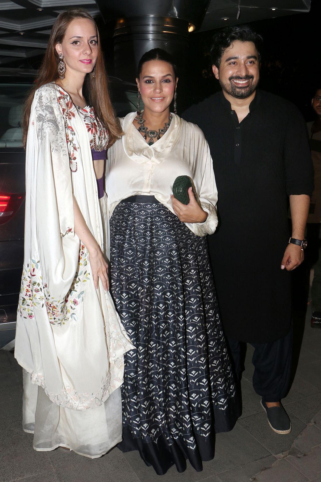 The <i>Roadies </i>gang was also there - Neha Dhupia, Rannvijay Singha with wife Priyanka.