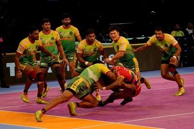 Chennai: Players in action during a Pro Kabaddi League Season 6 match between UP Yoddha and Patna Pirates at Jawaharlal Nehru stadium in Chennai on Oct 11, 2018. (Photo: IANS)