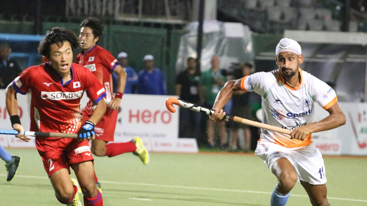 Indian men's hockey team beat Japan 9-0 in their third Asian Champions Trophy match.