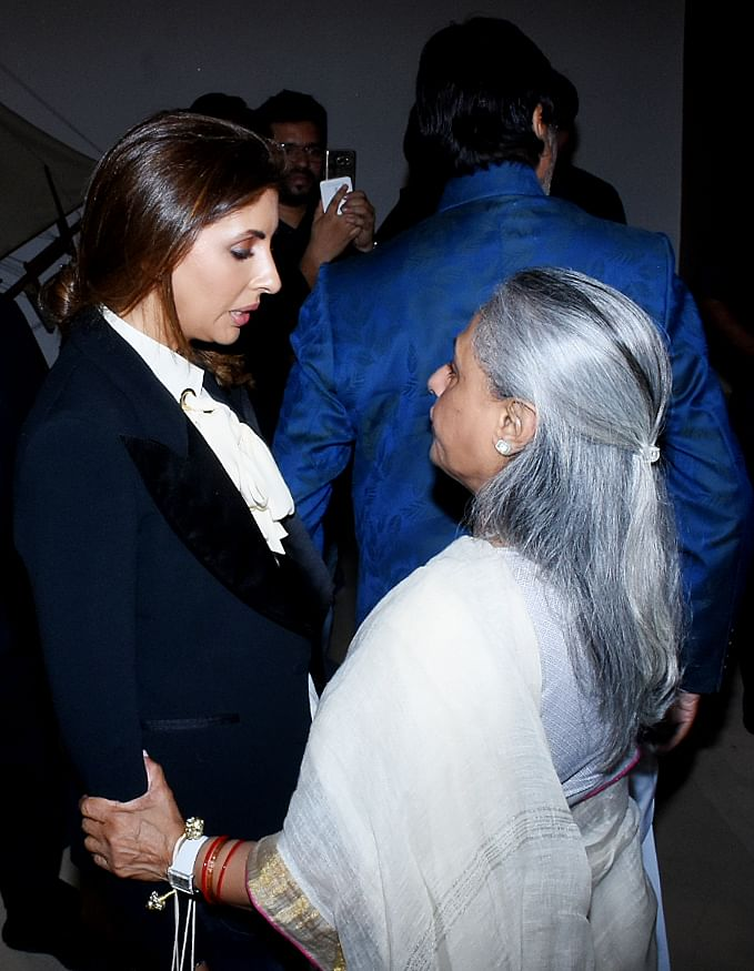 Shweta shares a moment with her mother.