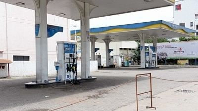 All Petrol Pumps in Delhi to Stay Shut Today, Kejriwal Blames BJP