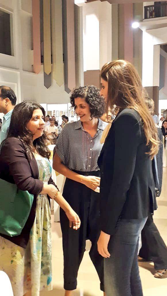 Shweta greets Zoya Akhtar.