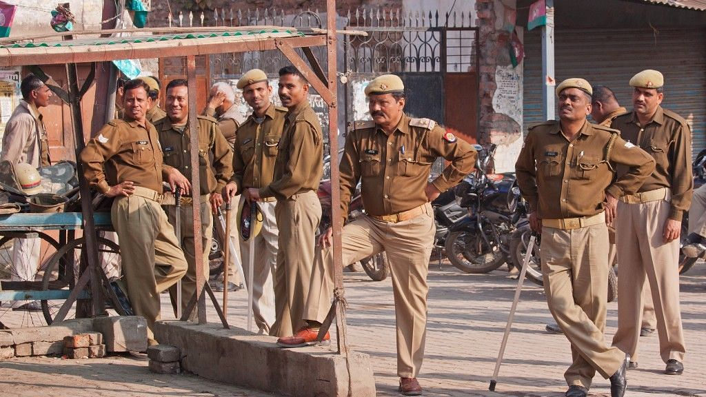 UP Police Orders Drive to Detect 'Illegal Bangladeshi Migrants'