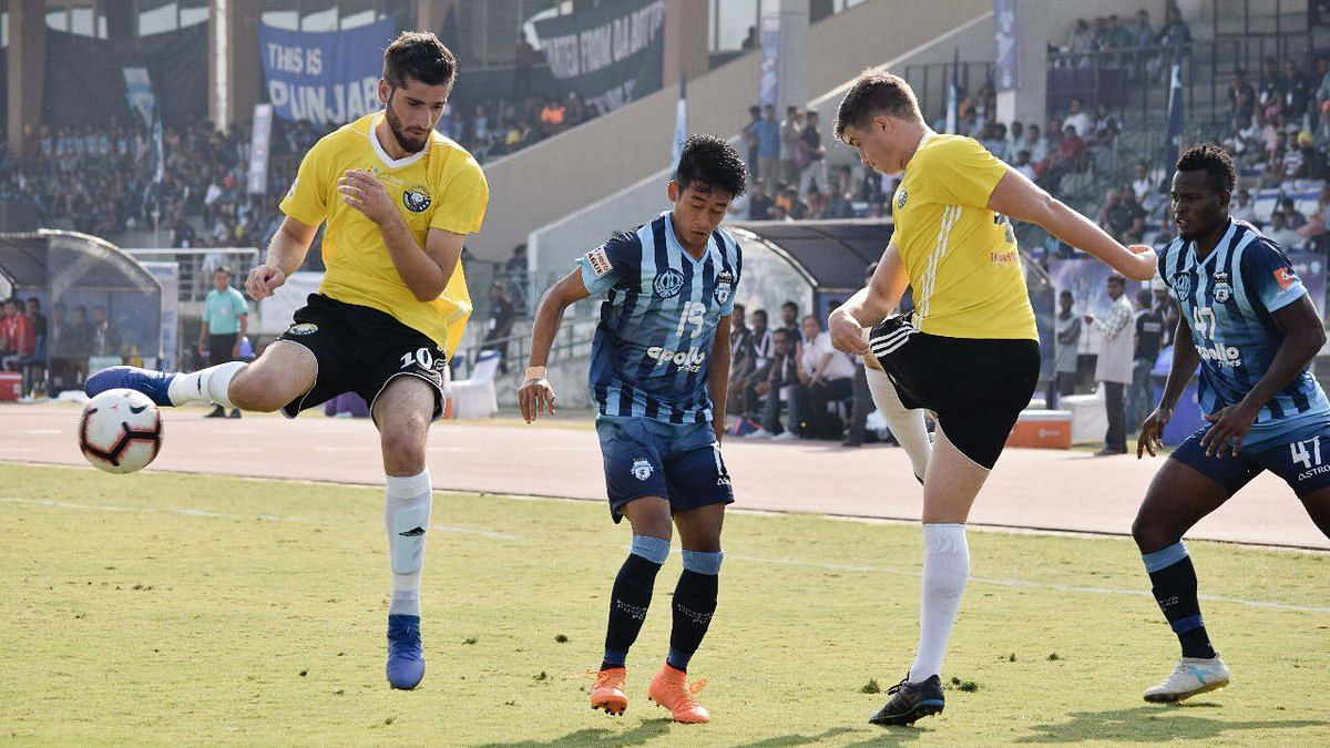 Real Kashmir FC beat defending champions Minerva FC in their debut match of the I-League on 31 October.