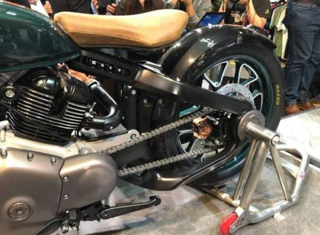 Single seat? But again, it's a Bobber.