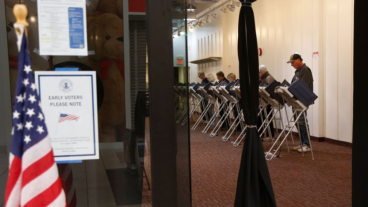 Voters at an early voting poll at a mall in Bloomingdale.