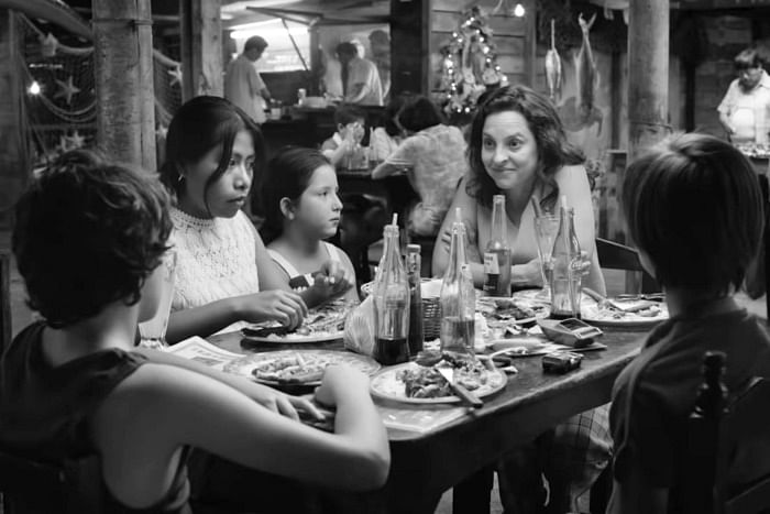 <i>Roma</i> tells the story of an upper middle class family, their four children and two maids.