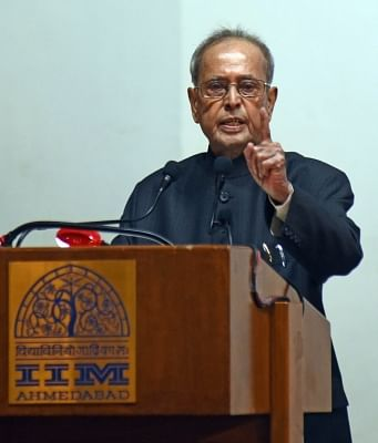 Ahmedabad: Former President Pranab Mukherjee delivers a lecture on