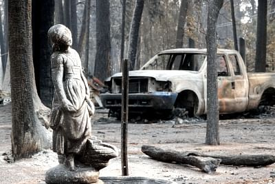PARADISE, Nov. 20, 2018 (Xinhua) -- Photo taken on Nov. 19, 2018 shows the wreckage of vehicle in the site where the wildfire engulfed in Paradise of Butte County, California, the United States. The death toll from the massive wildfire in Northern California has climbed to 79, according to authorities. (Xinhua/Wu Xiaoling/IANS)