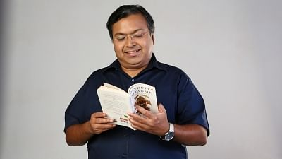 Ramayana and Mahabharata have identical themes and history: Devdutt Pattanaik
