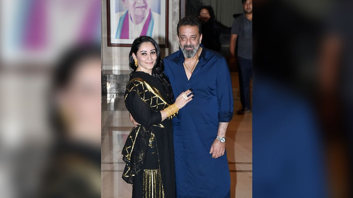 Sanjay Dutt Abuses Paparazzi Outside His Residence at Diwali Party