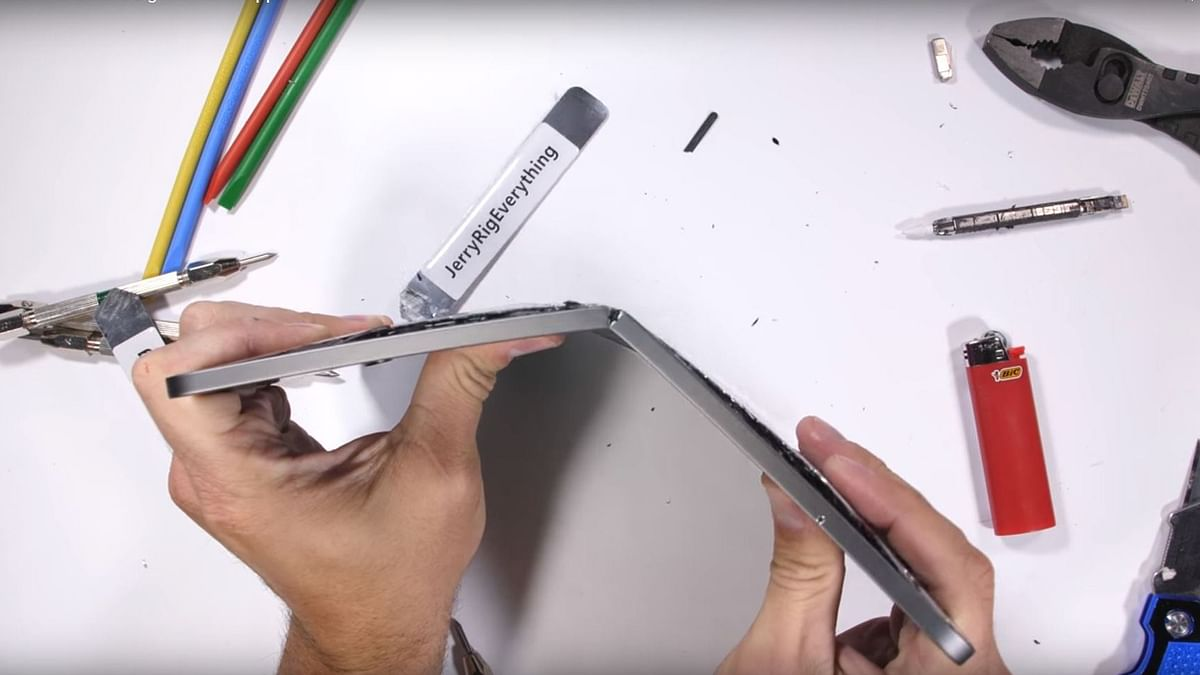 New Apple iPad Pro Bends Easily: Users Report Manufacturing Defect