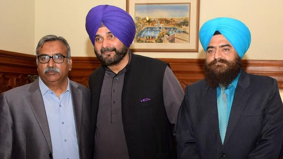Don't Know Gopal Chawla: Sidhu on Photo With Pro-Khalistan Leader