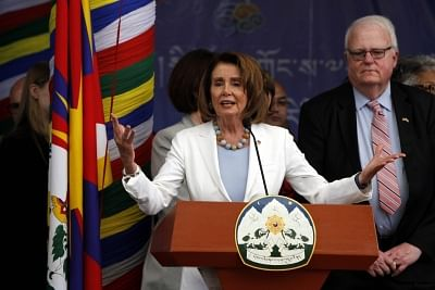 Democrats overwhelmingly nominate Nancy Pelosi as House Speaker