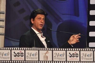 Kolkata: Actor Shah Rukh Khan addresses at the inauguration of 24th Kolkata International Film Festival in Kolkata, on Nov 10, 2018. (Photo: Kuntal Chakrabarty/IANS)