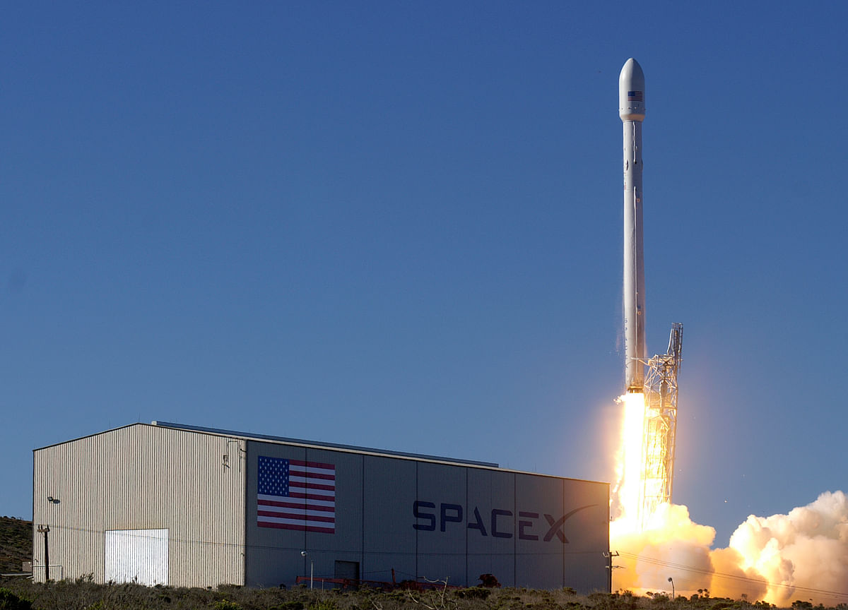 The Falcon 9 rocket will take off on 28 November.