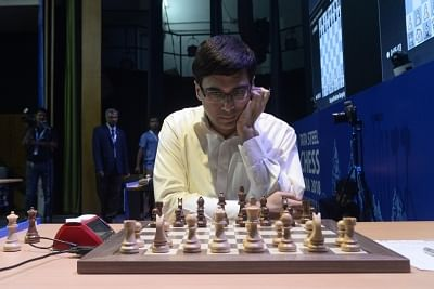 Kolkata: Indian chess Grandmaster Viswanathan Anand during the fourteen round of blitz chess at Tata Steel Chess India 2018 in Kolkata on Nov 14, 2018. (Photo: IANS)