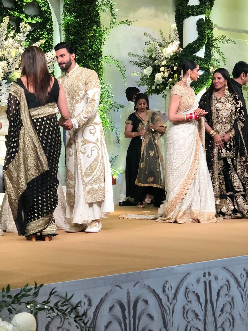 Deepika-Ranveer Mumbai Reception LIVE: Ranveer Singh Turns DJ