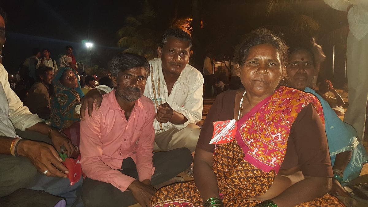 Gayabai Ingale with her family at Sion.