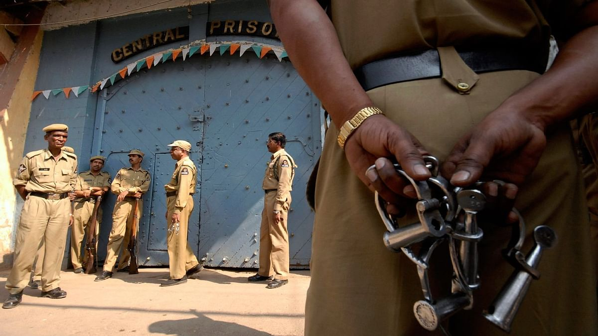 Entire Police Station Booked For Murder in Agra
