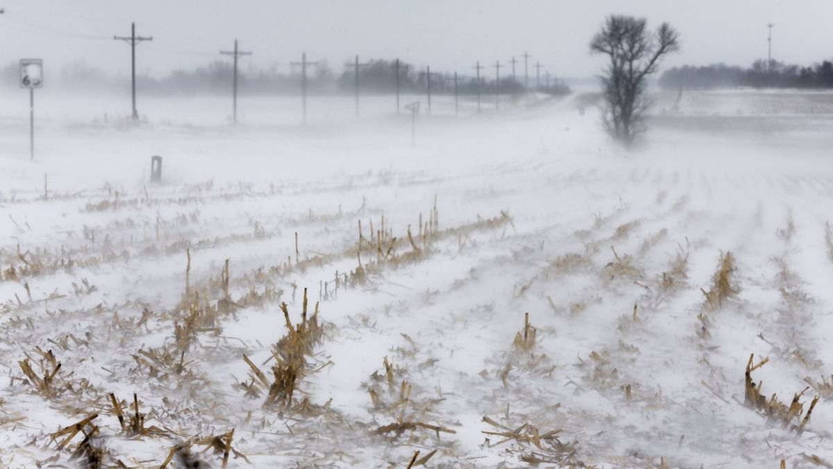 US: Around 1,240 Flights Cancelled Due to Midwest Blizzard