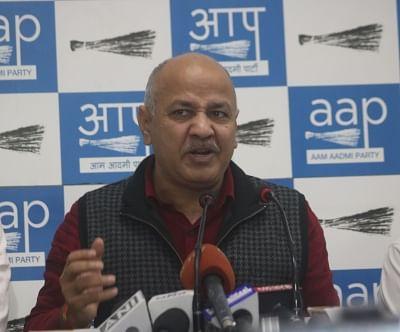 New Delhi: Delhi Deputy Chief Minister and AAP leader Manish Sisodia addresses a press conference over chilli powder attack on Delhi Chief Minister Arvind Kejriwal in New Delhi, on Nov 21, 2018. (Photo: IANS)