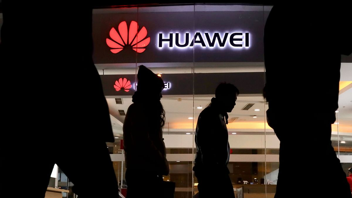 US Investigating China's Huawei Over Theft of Trade: Report