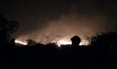 Mumbai: A massive fire erupts in the thick forests of Aarey Colony in the Sanjay Gandhi National Park (SGNP) precincts, near Goregaon suburb of north-west Mumbai on Dec 3, 2018. (Photo: IANS)
