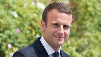 Macron to Hold Crisis Meeting of Advisors After Anti-Govt Riots