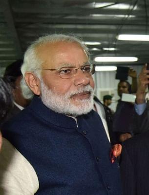 Modi lashes out at Karnataka government over farm loan waiver