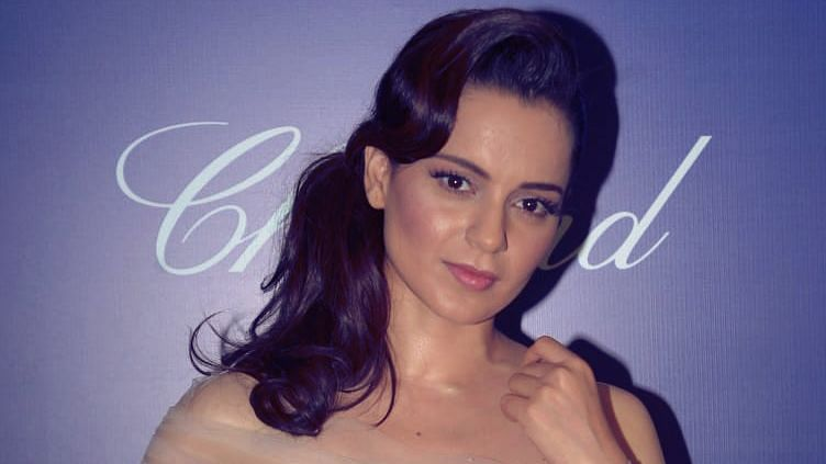 Wanted to go to the Border, Snatch a Gun and Do the Deed: Kangana