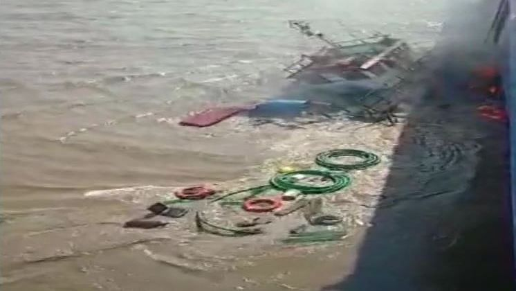 Tugboat Capsizes Near Alang in Gujarat, Four Missing