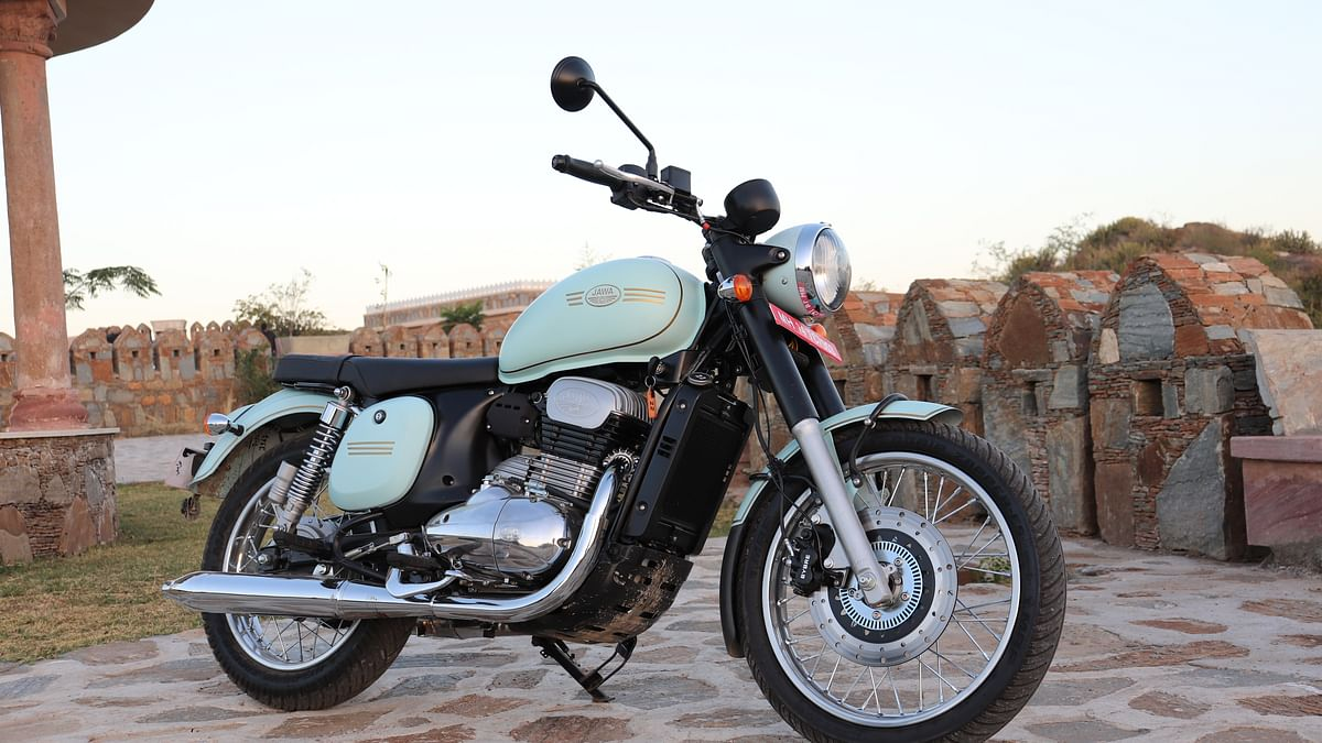 Jawa Offers Dual-Channel ABS, Exchange Schemes on Its Bikes