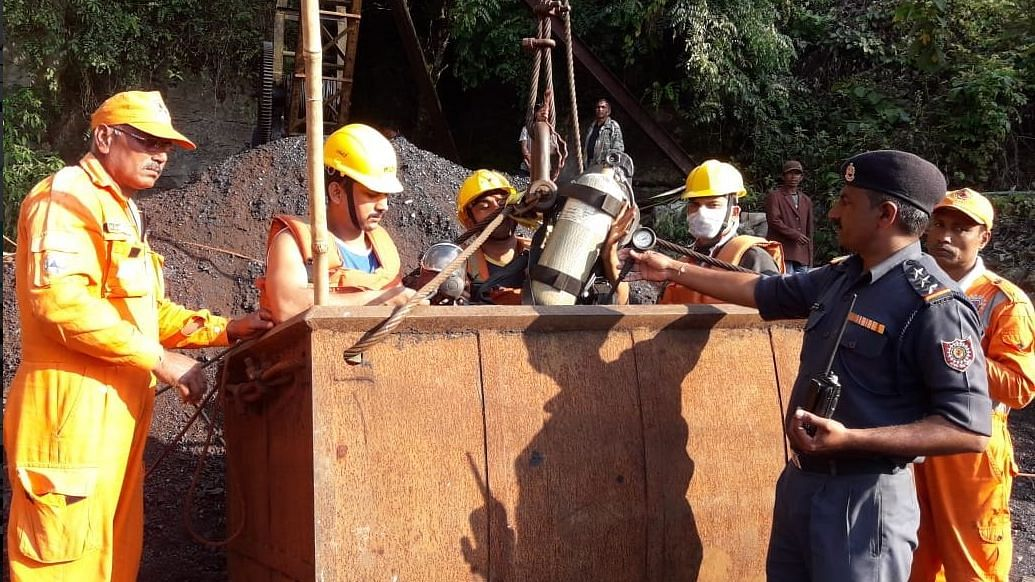 Meghalaya 'Rat Hole' Mining: The Fate of 17 Miners Remains Unknown