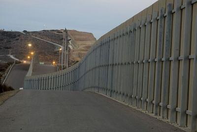 US shutdown impasse over Trump's border wall drags on