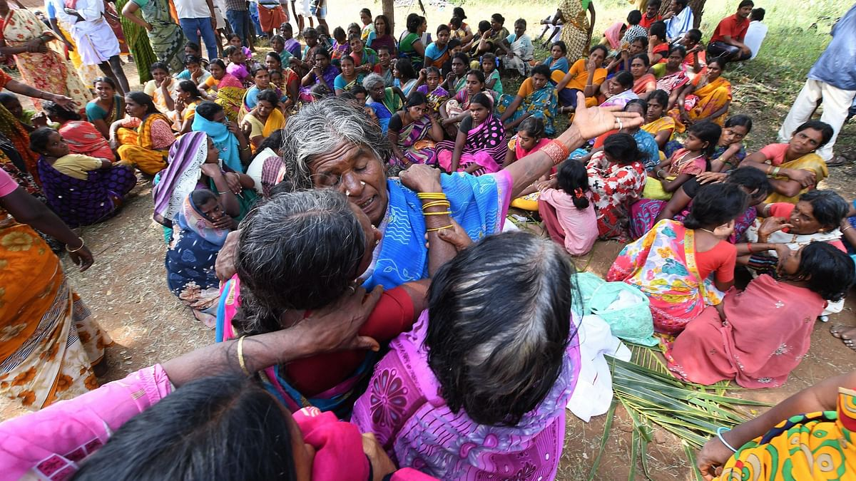 Women mourn the death of relatives in a case of suspected food poisoning at Bidarahalli, near Sulawadi village in Karnataka, Saturday, 15 December 2018. Image used for representational purposes only.