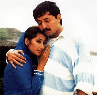 Manisha Koirala and Arvind Swamy in a still from <i>Bombay</i>.&nbsp;