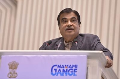 New Delhi: Union Road Transport and Highways, Shipping and Water Resources, River Development and Ganga Rejuvenation Minister Nitin Gadkari addresses at the foundation stone laying ceremony of eleven projects under the Namami Gange Programme in New Delhi, on Dec 27, 2018. (Photo: IANS)