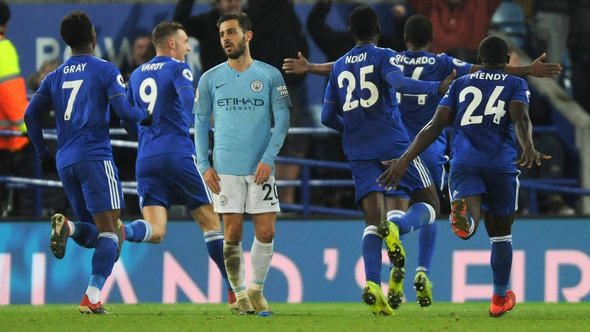 English champions Manchester City slumped to a second shock defeat in four days in  the Premier League, losing 2-1 to Leicester City.