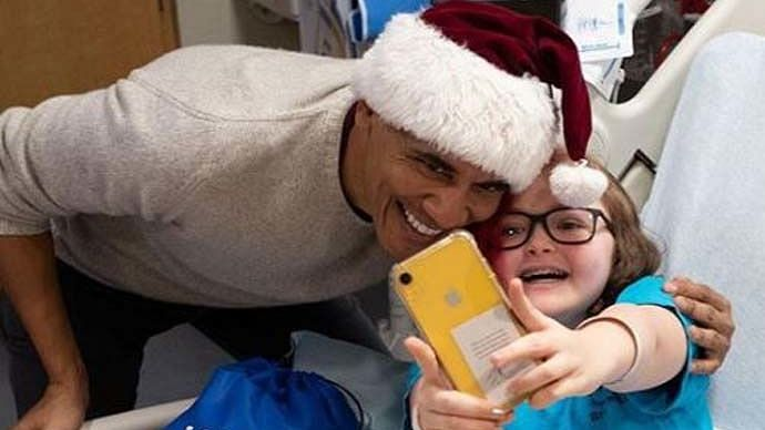 Santa Obama Brings Joy to Children At A Washington Hospital