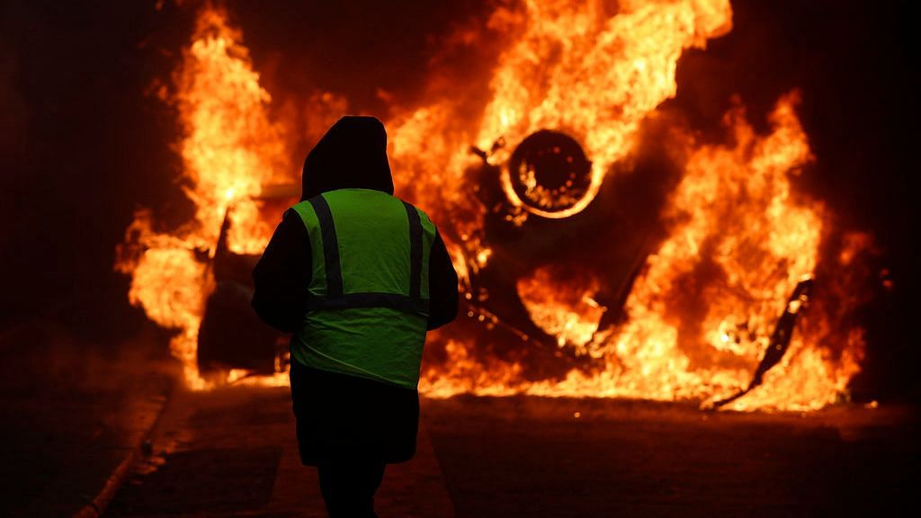 In Photos: Riots in Paris Over Rising Fuel Taxes Worst in Decade