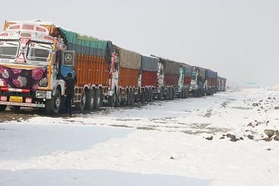 Jammu-Srinagar highway remains closed. (File Photo: IANS)