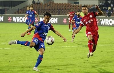 Bengaluru: Players in action during an 2018-19 ISL match between Bengaluru FC and NorthEast United FC at Kanteerava Stadium in Bengaluru, on Jan 30, 2019. (Photo: IANS)