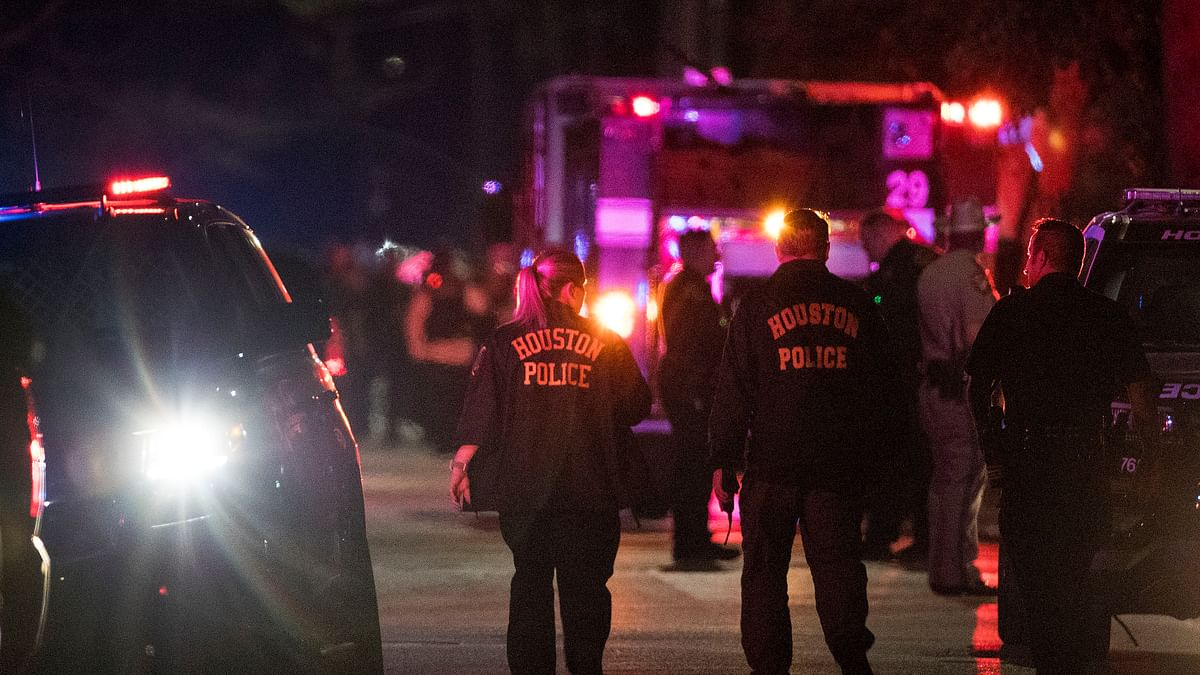 Houston Shooting:  5 Officers Injured, 2 Suspects Dead