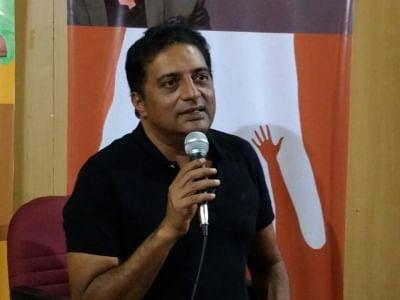 Kamal Haasan welcomes Prakash's entry into politics