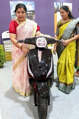 Bengaluru: Actress Tara at the inauguration of 7th Electric Vehicles Expo in India in Bengaluru on Sept 21, 2018. (Photo: IANS)