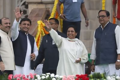 Samajwadi Party supremo Akhilesh Yadav and BSP chief Mayawati. (Photo: IANS)
