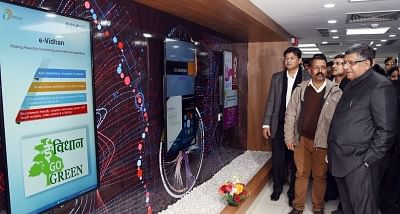 New Delhi: Union Minister for Electronics & Information Technology and Law & Justice Ravi Shankar Prasad visits after inaugurating the Command & Control Centre (CCC) and Centre of Excellence (CoE) for Artificial Intelligence in New Delhi on Jan 10, 2019. (Photo: IANS/PIB)